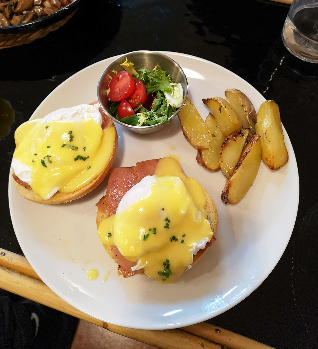 billy brunch eggs benedict 2