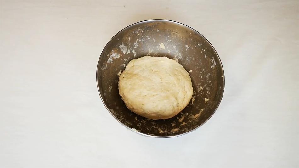 ham pie dough 1